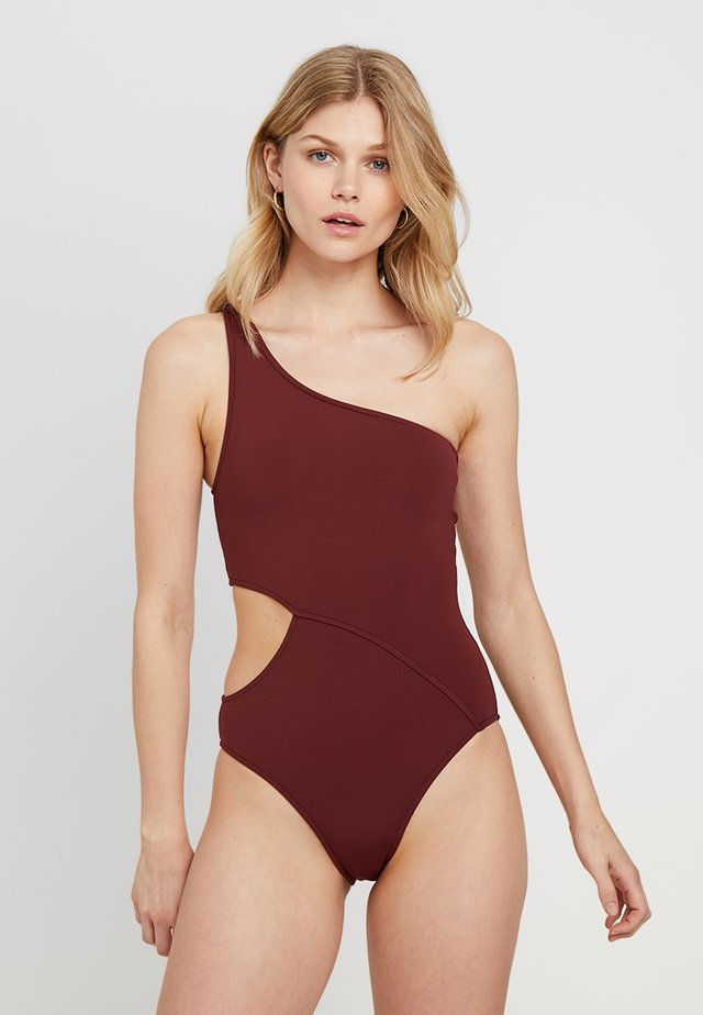 ACTIVE ONE SHOULDER MAILLOT - Swimsuit - plum