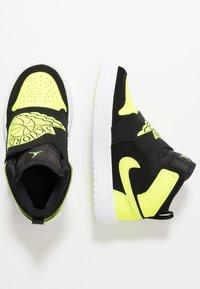 Jordan - SKY 1 - High-top trainers - black/volt/white - 0