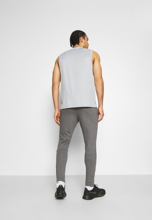 PANT TAPER - Tracksuit bottoms - charcoal heather/black