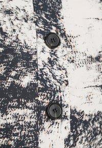 ALIGNE - CHYNA - Denim jacket - marble - 5