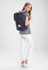Herschel - RETREAT - Zaino - navy - 5