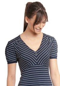 Vive Maria - Print T-shirt - blau allover - 3