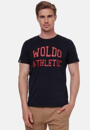 WOLDO ATHLETIC - T-shirt print - schwarz-rot