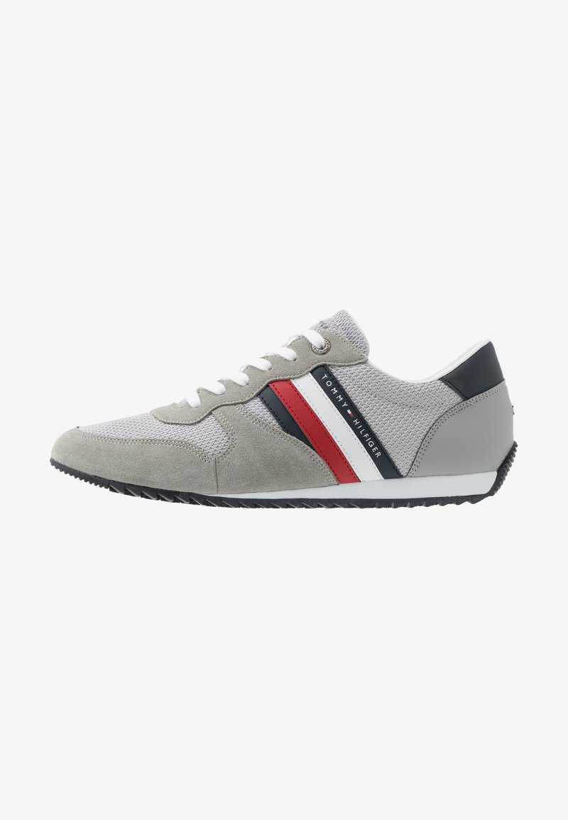 Tommy Hilfiger - ESSENTIAL RUNNER - Sneakersy niskie - grey