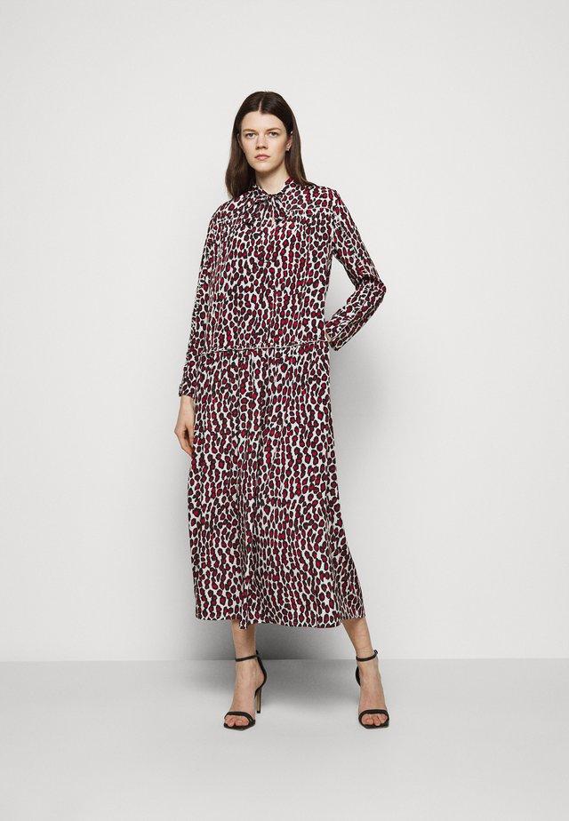 JULIE BOHEMIAN DRESS - Długa sukienka - red