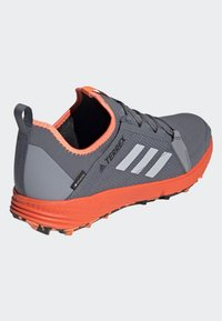 adidas Performance - TERREX SPEED GTX SHOES - Trail running shoes - gray - 3