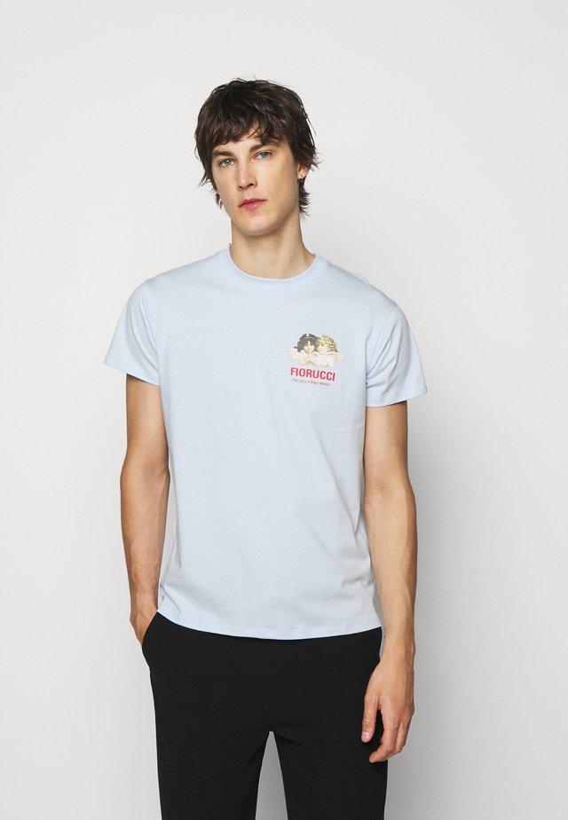 CLUB DE RACE TEE - T-shirt print - pale blue