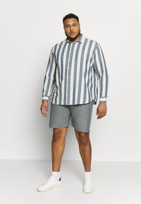 Jack´s Sportswear - RELAXT FIT - Shorts - blue mix - 1