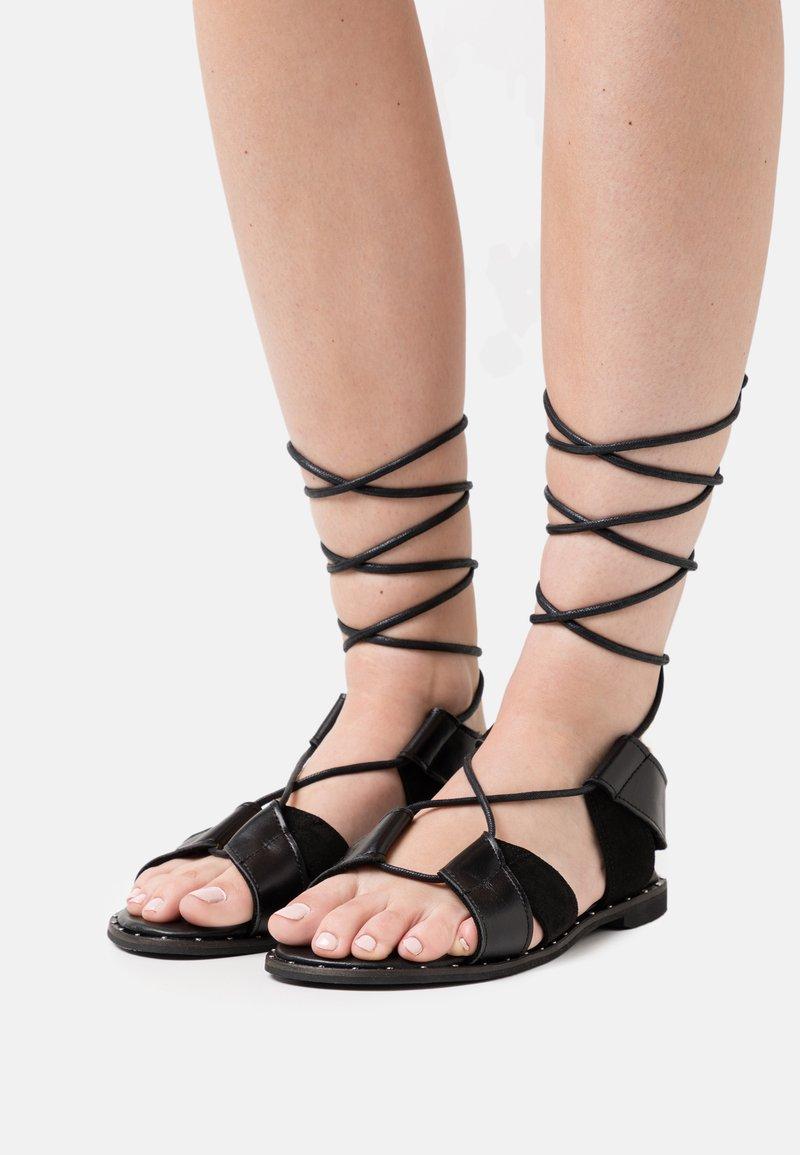 Mis Pepas - Sandals - black