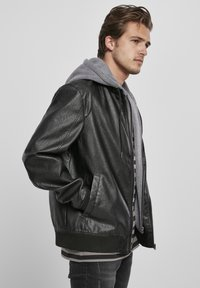 Urban Classics - MÄNNER - Faux leather jacket - black/grey - 6