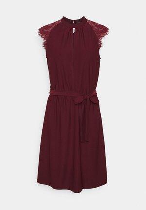 VMMILLA SHORT DRESS - Day dress - port royale