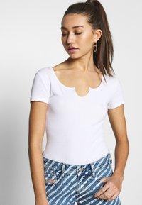 Even&Odd - OPENING SHORT SLEEVES 2 PACK - Camiseta básica - white/black - 5