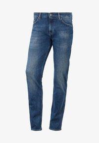 BOSS - DELAWARE Slim Fit - Slim fit jeans - dark blue - 3