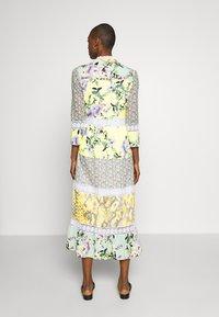 Rich & Royal - MAXI DRESS PRINTMIX - Shirt dress - multi-coloured - 2
