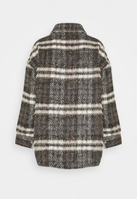 Missguided Petite - BRUSHED CHECKED SHACKET - Light jacket - brown - 1