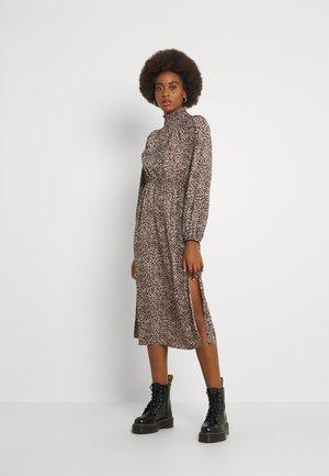 ONLMILLE LEO CALF DRESS - Denní šaty - black