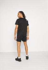 La Sportiva - FRECCIA SHORT - Sports shorts - black/yellow - 2