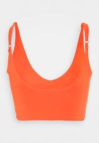 We Are We Wear - TONI PLUNGE CROP - Haut de bikini - orange - 1