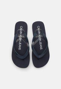 Calvin Klein Jeans - BEACH MONOGRAM  - T-bar sandals - night sky - 3