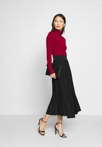Anna Field - Plisse A-line midi skirt - Áčková sukně - black - 1