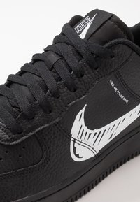 Nike Sportswear - AIR FORCE 1 - Sneakersy niskie - black/white - 5