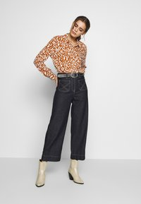 Object - OBJBAY - Button-down blouse - sugar almond/white - 1