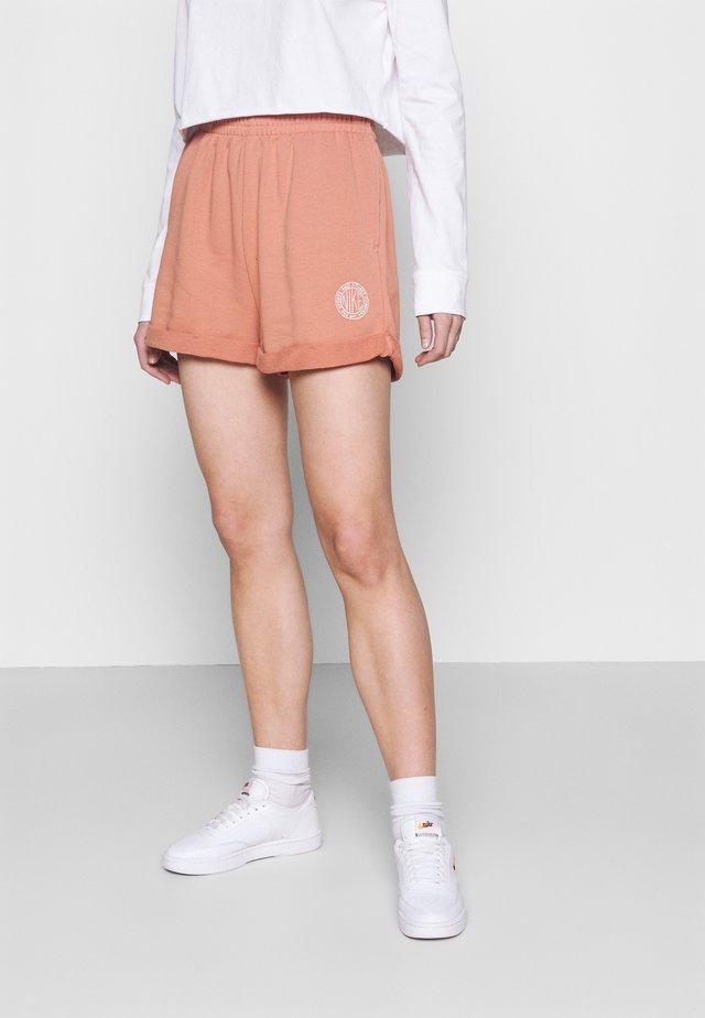 FEMME - Shorts - terra blush/orange pearl