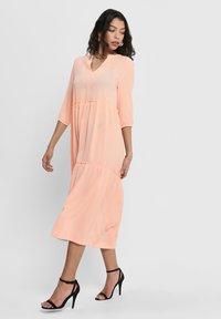 ONLY - Robe d'été - tropical peach - 1