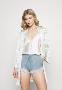 Etam - WARM DAY SHORT - Pantaloni del pigiama - blue-grey - 1