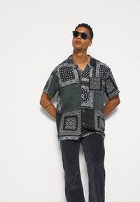 Levi's® - CUBANO - Camicia - blacks - 3