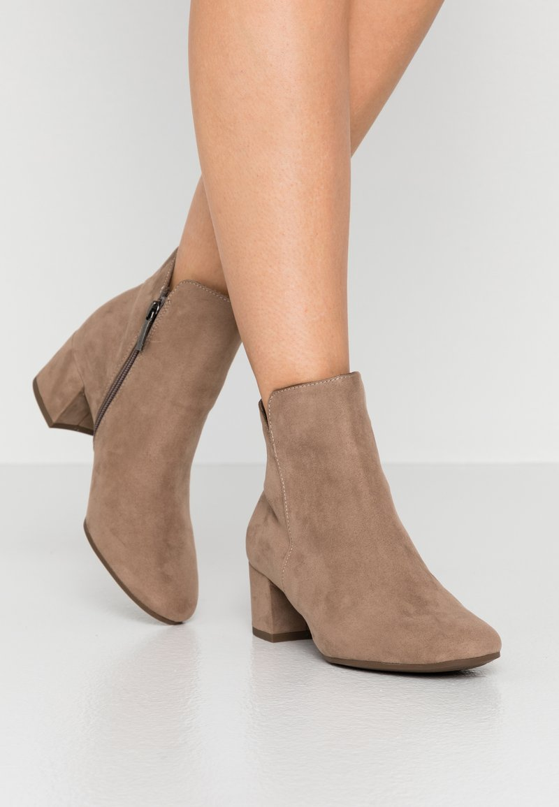 Tamaris - WOMS - Ankle boots - antelope