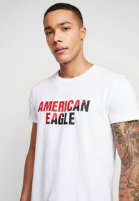 American Eagle - SET IN TEE  - Print T-shirt - white - 4