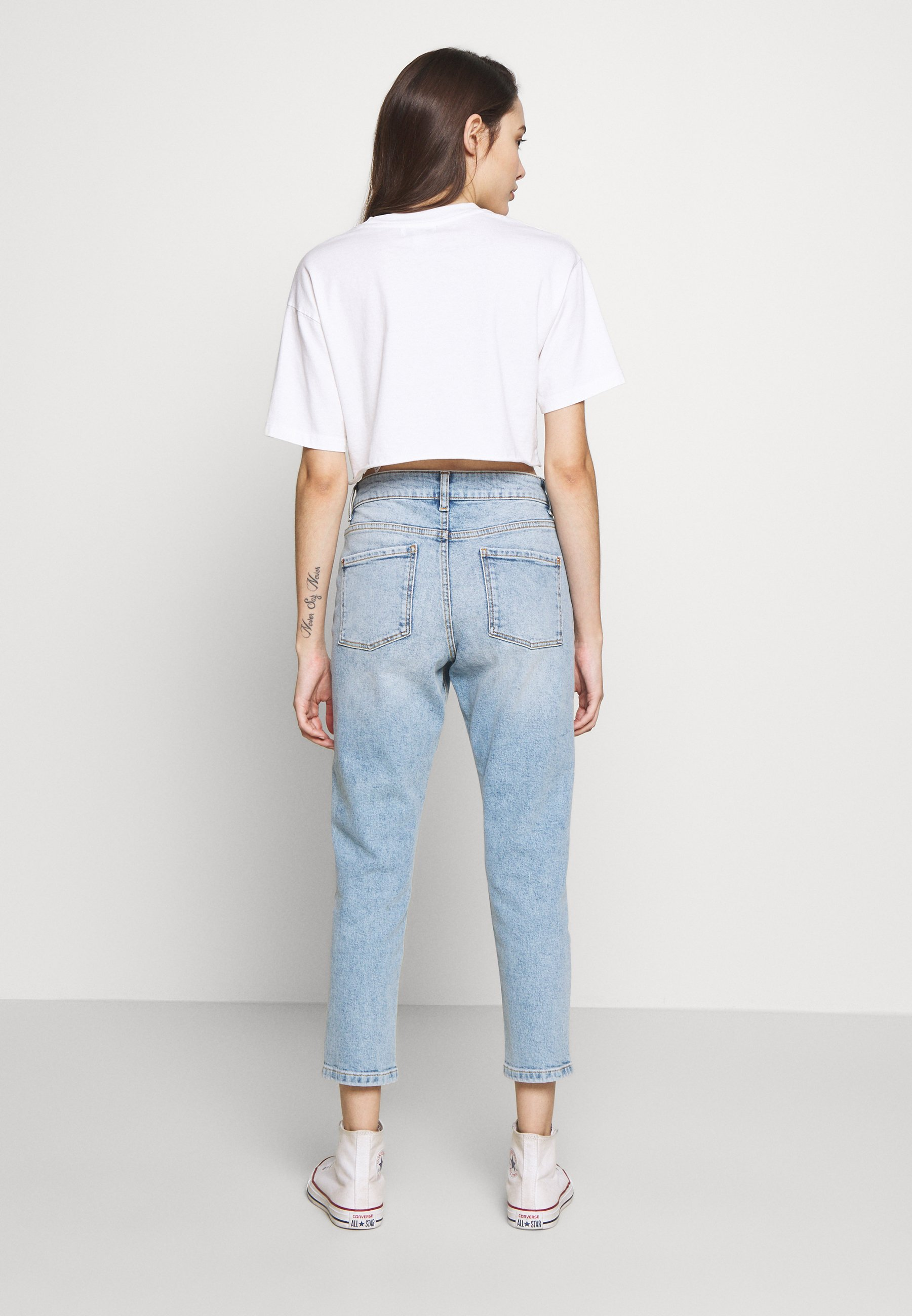 Dorothy Perkins Petite PETITES MOM - Relaxed fit jeans - light wash denim - Women's Clothing AHRdv