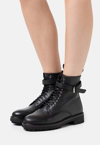 Belstaff - FINLEY - Lace-up ankle boots - black - 0