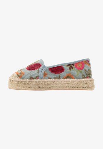 Loafers - multicolour
