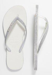 Havaianas - SLIM FIT SPARKLE - Sandály s odděleným palcem - white - 0