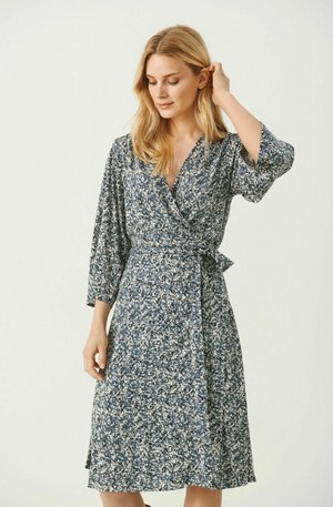 Day dress - stormy weather texture print