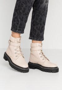 Even&Odd - LEATHER LACEUP BOOTIE - Cowboy/biker ankle boot - beige - 0