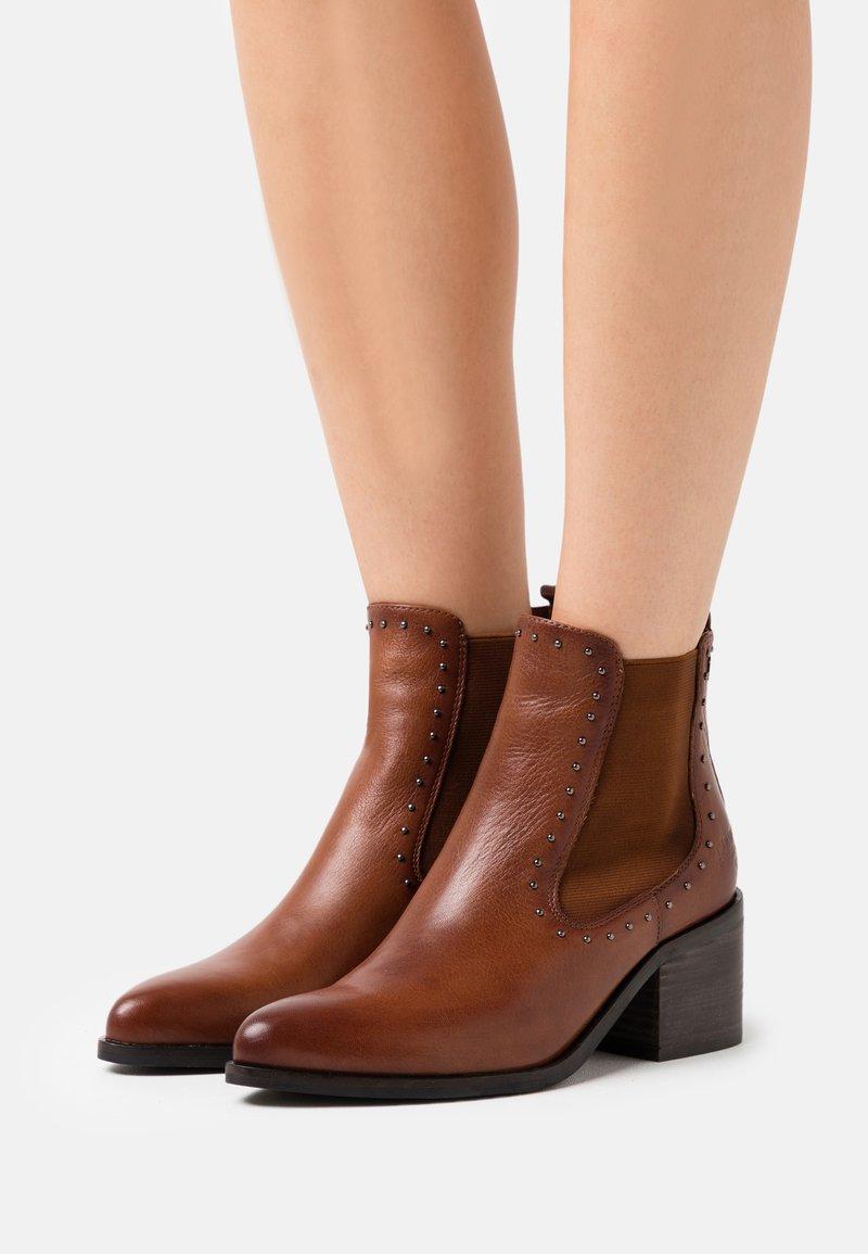 Carmela - LADIES  - Ankle boots - camel