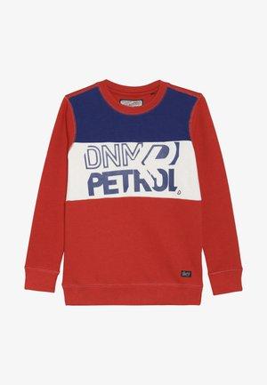Sweater - cayenne