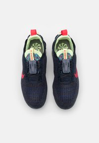 Nike Sportswear - AIR VAPORMAX 2020 FK - Trainers - obsidian/siren red/barely volt - 3