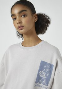 PULL&BEAR - Sweatshirt - mottled purple - 3