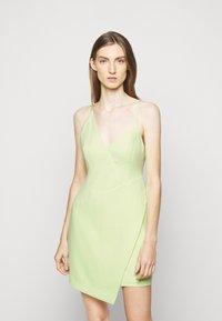 BCBGMAXAZRIA - EVE SHORT DRESS - Cocktailkjole - light green - 0
