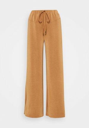 ANTOINETTE TROUSERS - Trousers - pecan