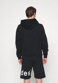 Holzweiler - OSLO HOODIE - Sweatshirt - black - 2