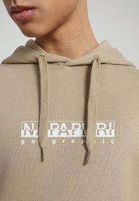 Napapijri - B-BOX HOODIE - Hoodie - mineral beige - 4