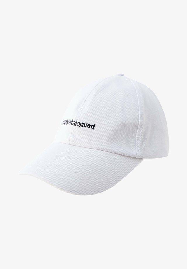 (UN)CATALOGUED - Cappellino - white
