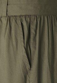 ONLY - ONLSMILLA BELT - Shorts - kalamata - 2