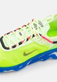 Nike Sportswear - REACT LIVE PRM - Tenisky - barely volt/hyper royal/electric green/hyper pink/white/black - 5