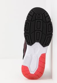 Skechers - THERMOFLUX 2.0 - Tenisky - black/red/lime - 4